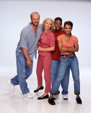 Сериал «Хьюли» (1998 – 2002)
