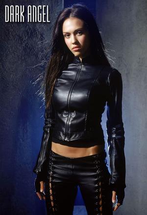 Серіал «Темний ангел» (2000 – 2002)