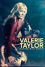 Фільм «Граючи з акулами. Історія Валері Тейлор» (2021)