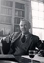 Фильм «Dangerous Edge: A Life of Graham Greene» (2013)