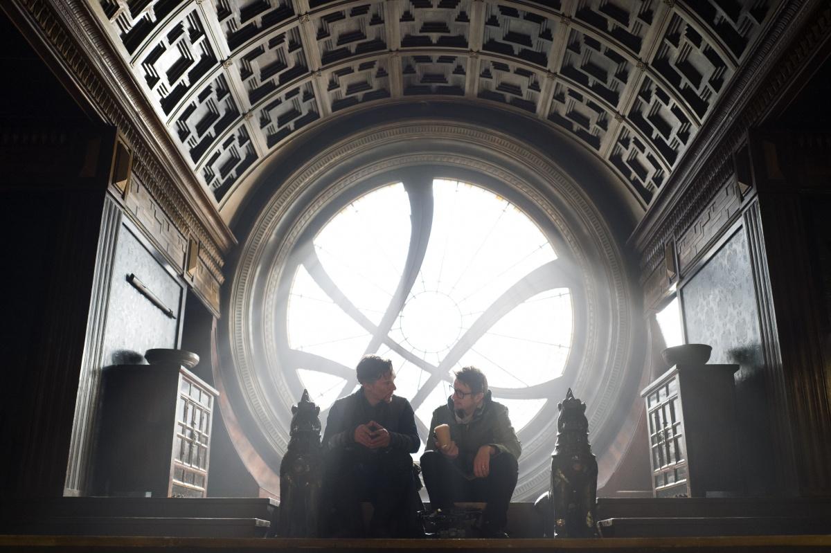 Фильм «Доктор Стрэндж» (2016): Бенедикт Камбербэтч, Скотт Дерриксон 1200x799