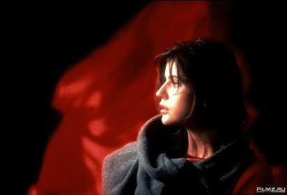 «Три кольори: Червоний» — кадри