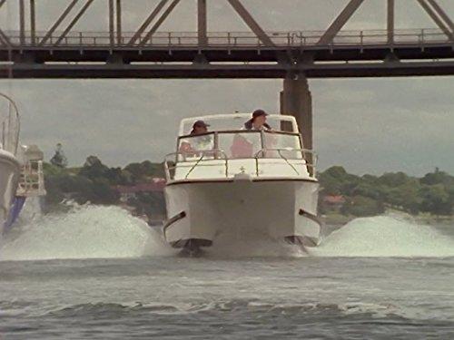 Серіал «Водяные крысы» (1996 – 2001): 1 сезон, 16 епізод — «Payback» 500x375