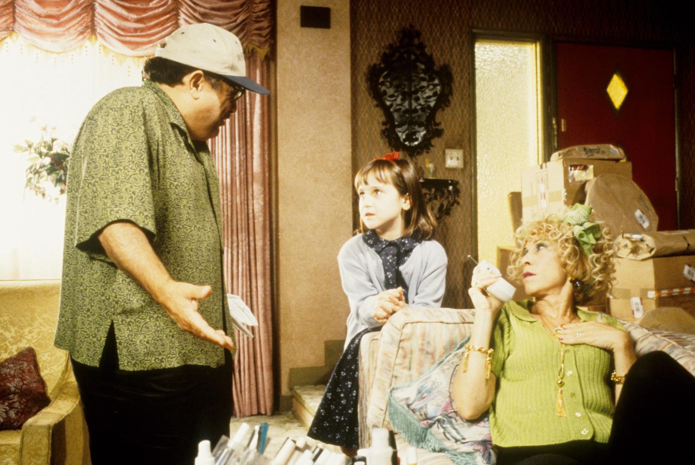 Фильм «Матильда» (1996): Дэнни ДеВито, Ри Перлман, Мара Уилсон 1500x1005