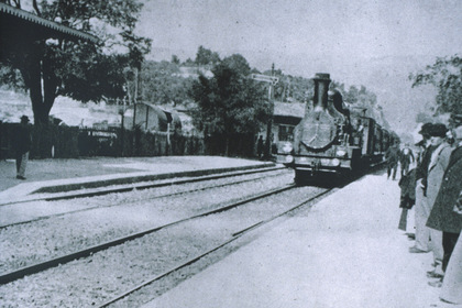 «Прибуття потягу на вокзал Ла-Сьота» — кадри