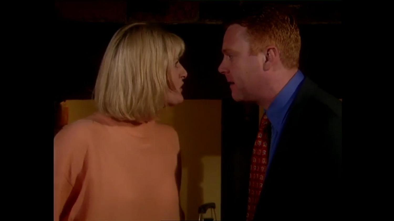 Серіал «Там, где сердце» (1997 – 2006): Томас Крейг, Сара Ланкашир 1 сезон, 5 епізод — «King Walter» 1500x844