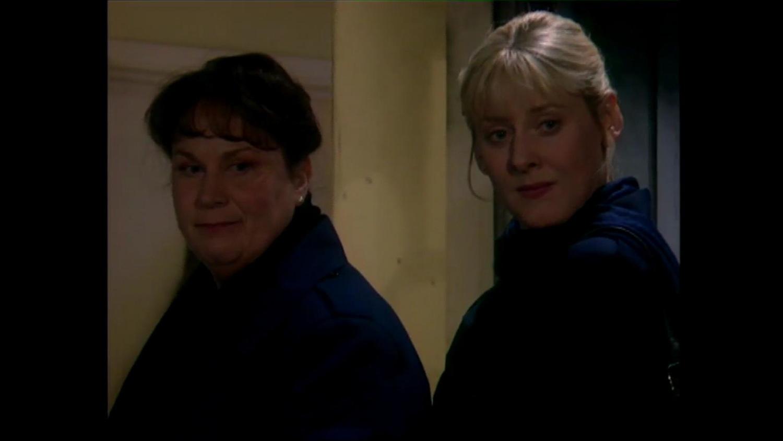 Серіал «Там, где сердце» (1997 – 2006): Пем Ферріс, Сара Ланкашир 1 сезон, 5 епізод — «King Walter» 1500x844
