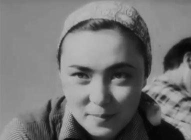 «Дівчина Тянь-Шаню» — кадри
