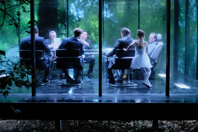 Серіал «Плащ і Кинджал» (2018 – 2019): Вейн Пере, Енді Ділан, Рэйчел Райалс 1 сезон, 3 епізод — «Витраж» (Stained Glass) 1500x1000