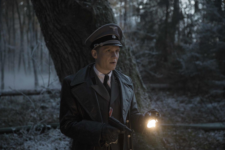 Фильм «Сопротивление» (2020): Маттиас Швайгхёфер 1500x1000