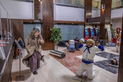 «Бабушка легкого поведения 2: Престарелые мстители» — кадры