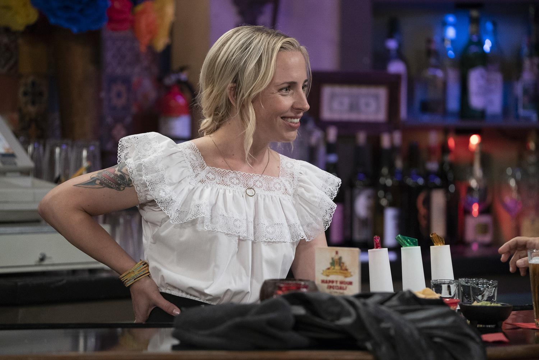 Сериал «Коннеры» (2018 – ...): Алисия Горансон 1 сезон, 2 эпизод — «Tangled Up in Blue» 1500x1002