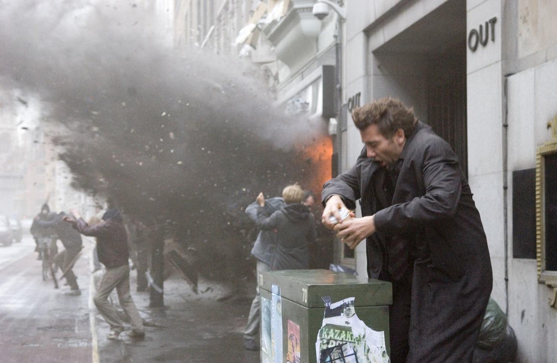 Фільм «Останній нащадок землі» (2006): Клайв Овен 1500x978
