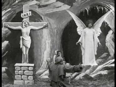 «Искушение Святого Антония» — кадри