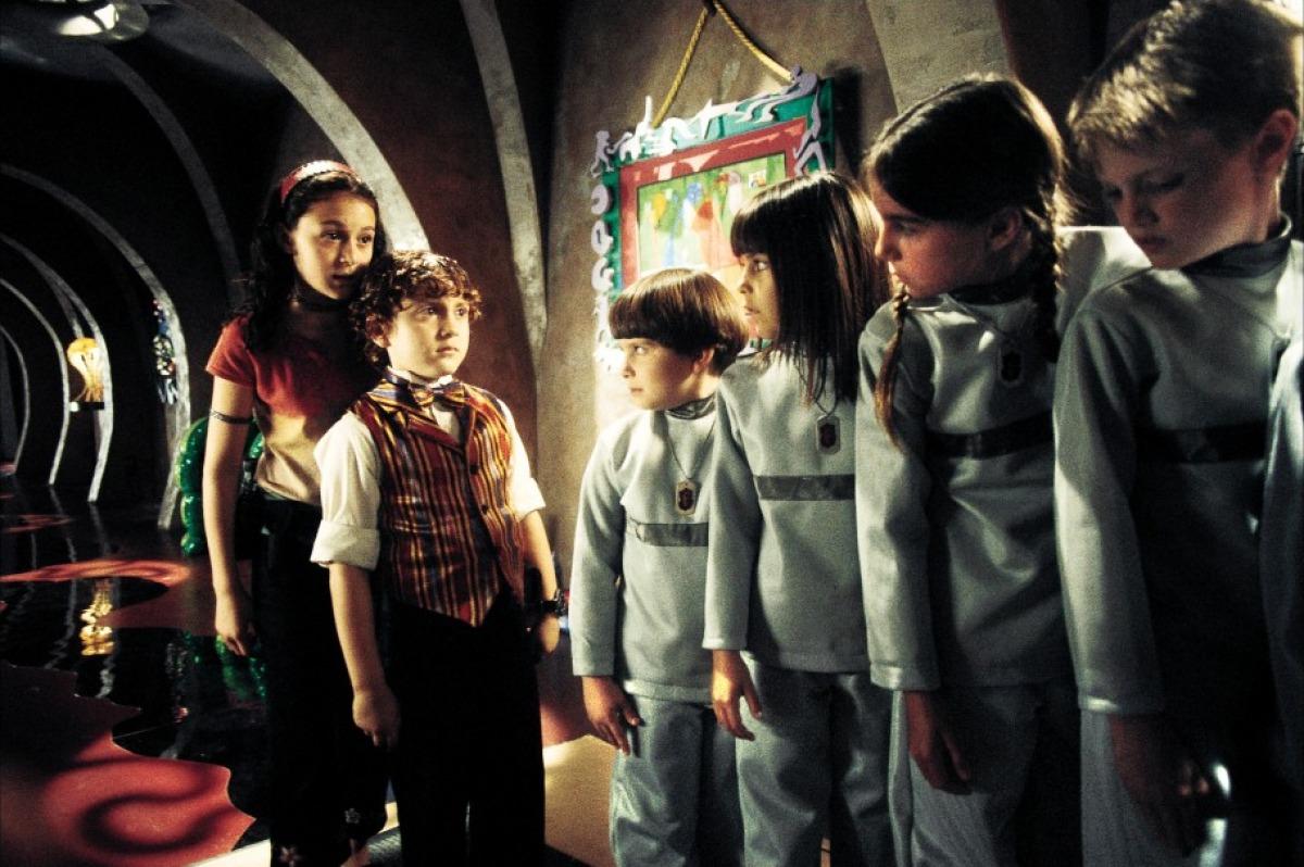 Фільм «Діти шпигунів» (2001): Алекса ПенаВега, Деріл Сабара 1200x798