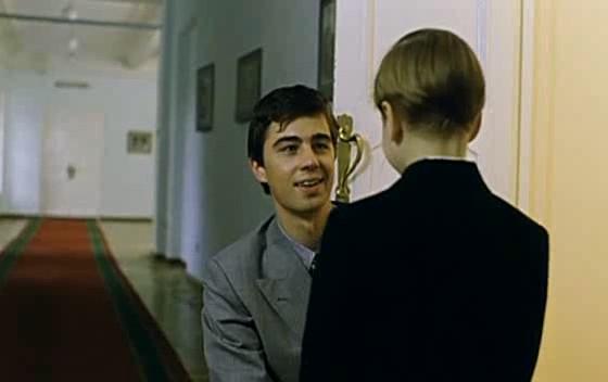 Фільм «Брат 2» (2000): Сергей Бодров мл. 560x352