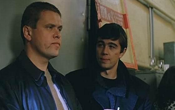 Фільм «Брат 2» (2000): Олександр Карамнов, Сергей Бодров мл. 559x352
