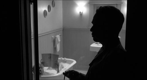 «Людина, якої не було» — кадри