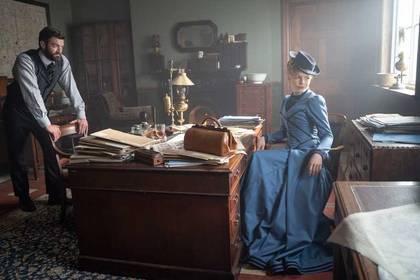 «Мисс Скарлет и Герцог» — кадры