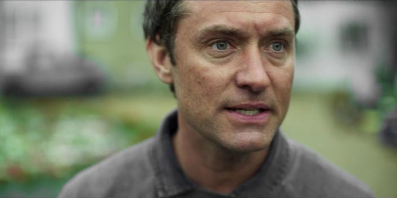 Серіал «Третій день» (2020): Джуд Лоу 1 сезон, 1 епізод — «Пятница - отец» (Friday - The Father) 1500x750