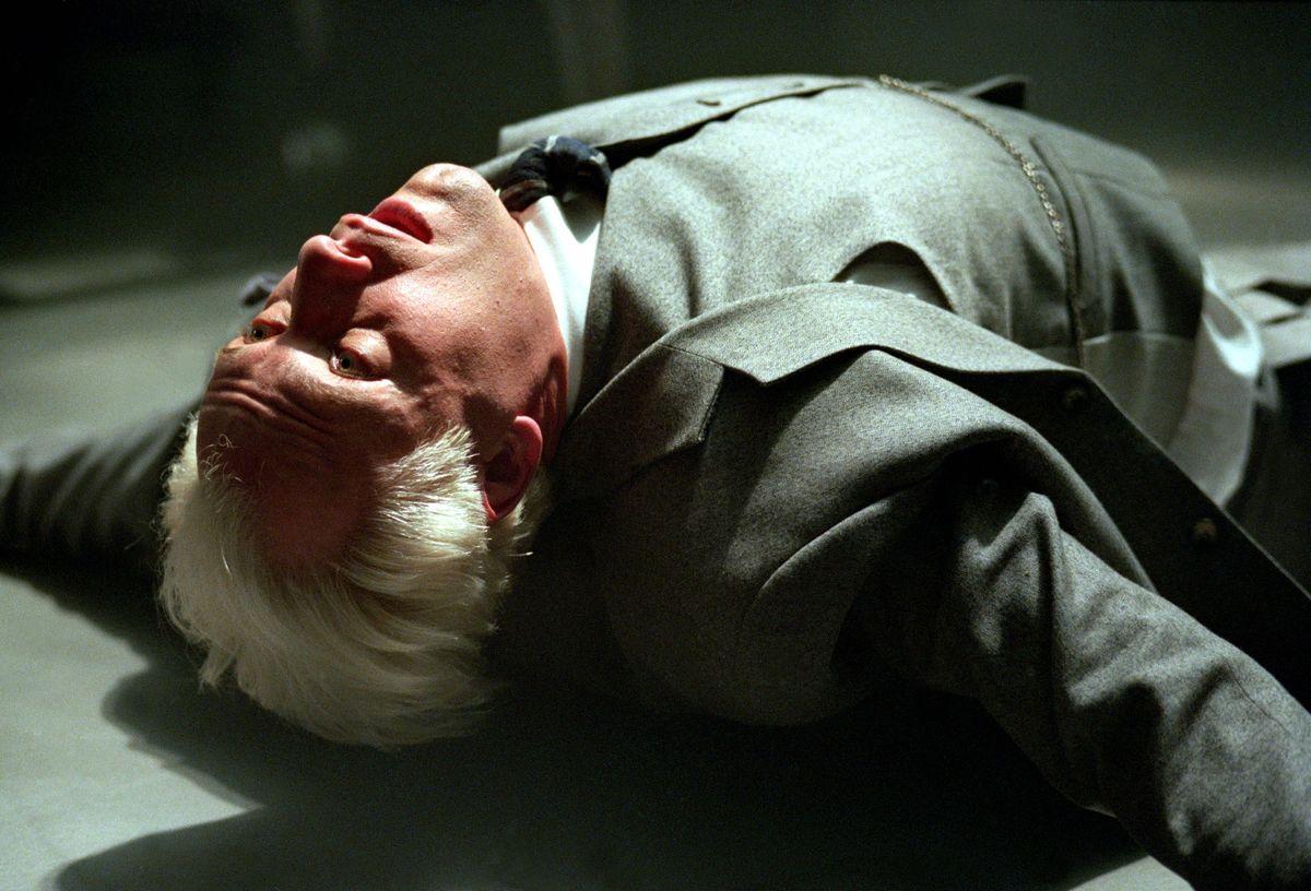 Серіал «Ведьмин клинок» (2001 – 2002): Ентоні Кистаро 1200x816