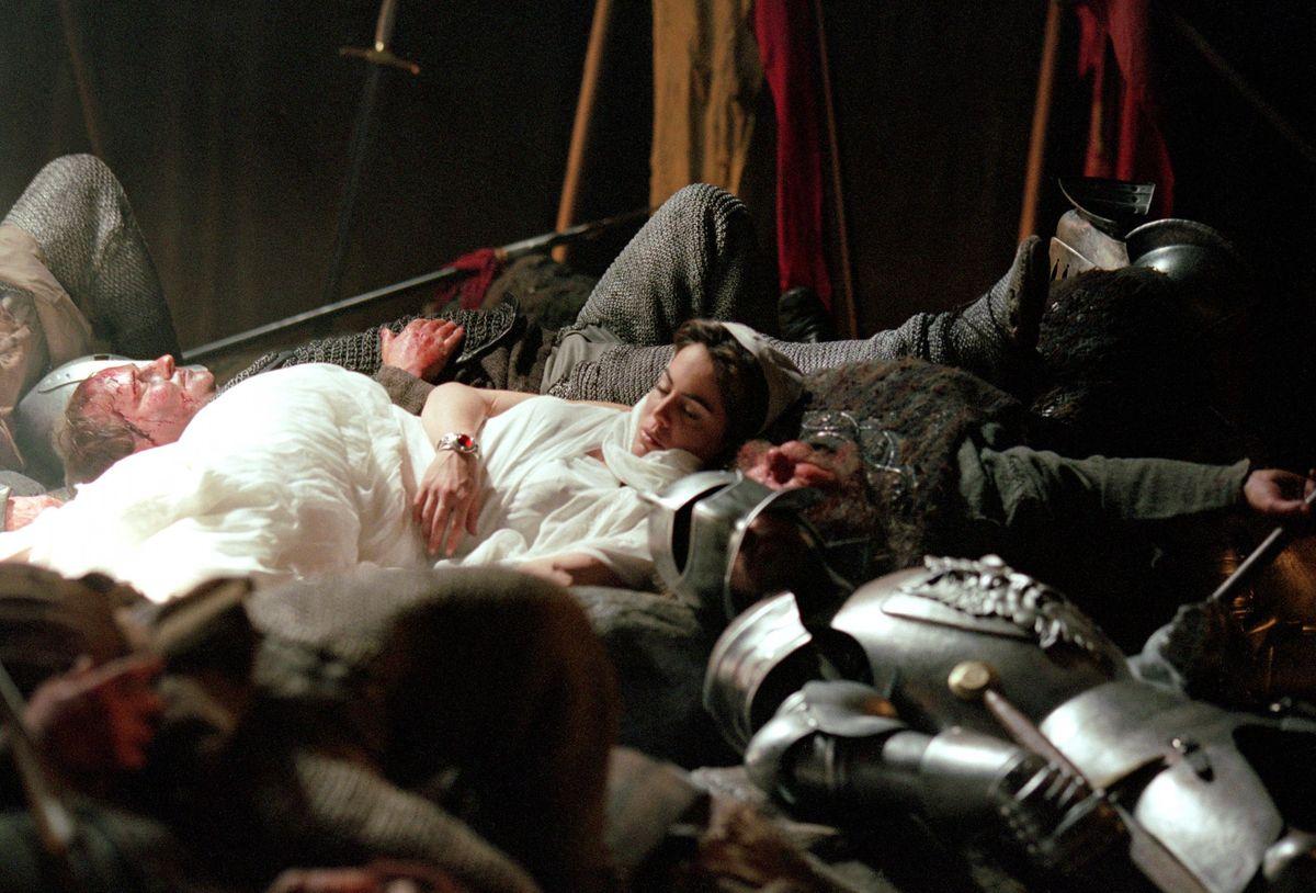Серіал «Ведьмин клинок» (2001 – 2002): 1200x814