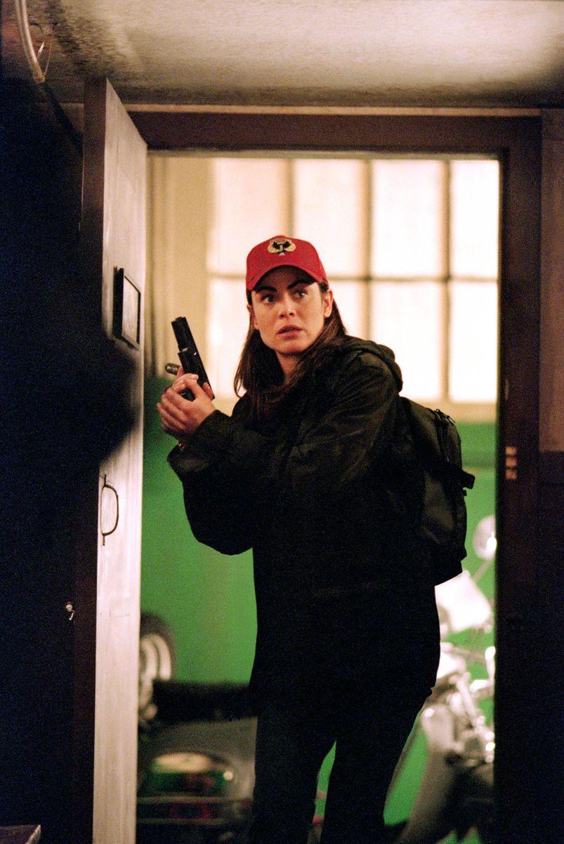 Серіал «Ведьмин клинок» (2001 – 2002): Янсі Батлер 803x1200