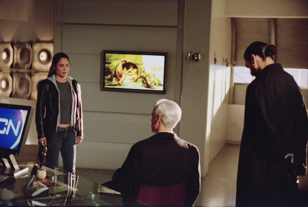 Серіал «Ведьмин клинок» (2001 – 2002): Янсі Батлер, Ентоні Кистаро, Ерік Етебарі 1200x807