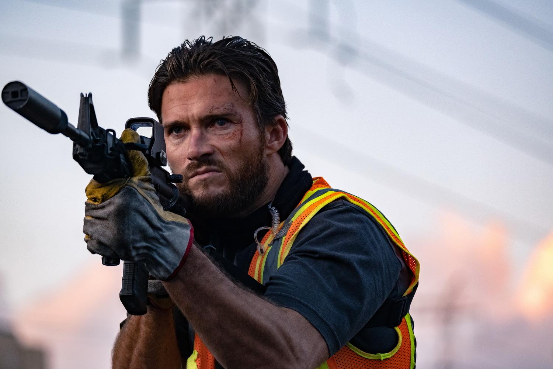 Фильм «Гнев человеческий» (2021): Скотт Иствуд 1500x1000