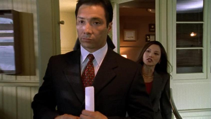 Серіал «Щит» (2002 – 2008): Темлін Томіта, Беніто Мартінес 1 сезон, 1 епізод — «Пілот» (Pilot) 843x476