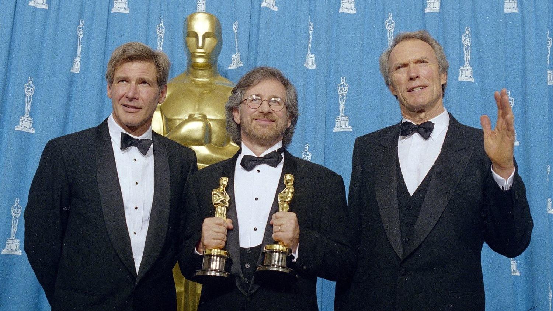 Фільм «66-я церемония вручения премии «Оскар»» (1994): Стівен Спілберґ, Клінт Іствуд, Гаррісон Форд 1500x844