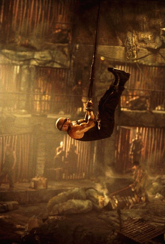 Фільм «Хроніки Ріддіка» (2004): 676x1000