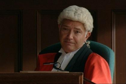 «Судья Джон Дид» — кадри