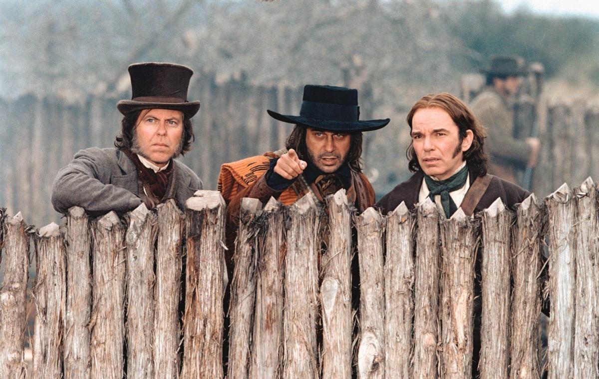 Фільм «Форт Аламо» (2004): Кевін Пейдж, Хорді Молья, Біллі Боб Торнтон 1200x759