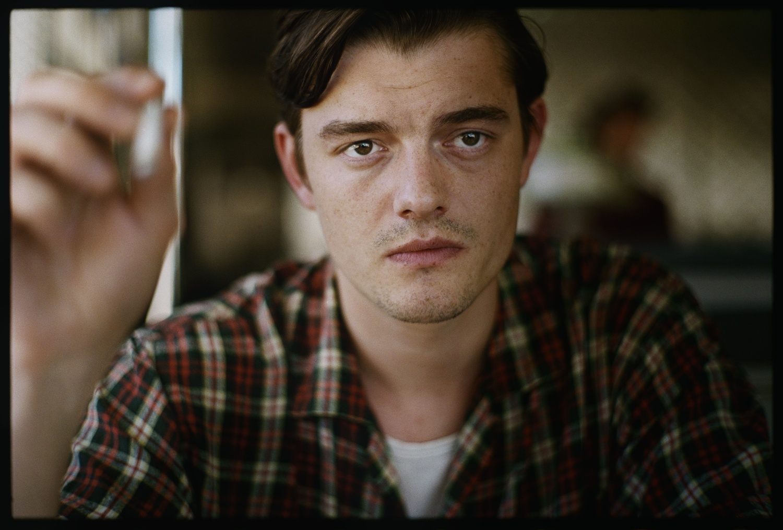 Фильм «На дороге» (2012): Сэм Райли 1500x1015