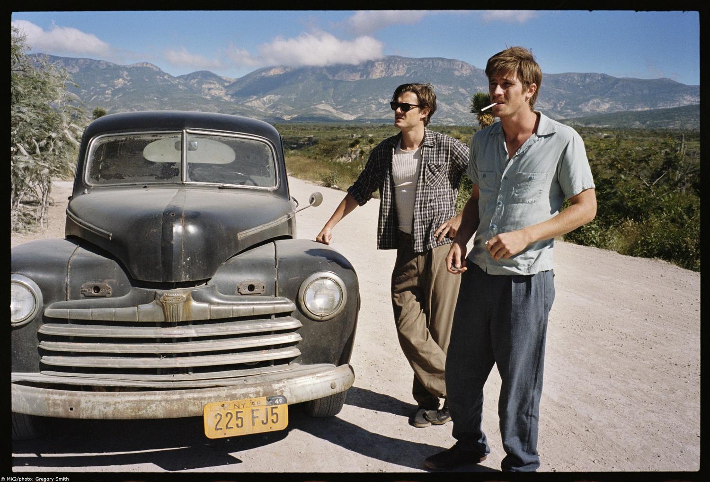 Фильм «На дороге» (2012): Сэм Райли, Гаррет Хедлунд 1500x1018