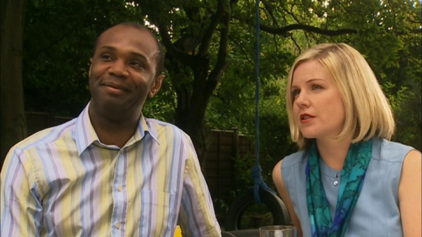 Серіал «История Трейси Бикер» (2002 – 2006): Деклан Уилсон, Трейсі Вільямс 2 сезон, 26 епізод — «Home and Hosed» 1366x768