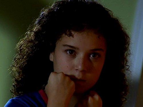 Серіал «История Трейси Бикер» (2002 – 2006): Дені Хармер 2 сезон, 5 епізод — «Alien» 500x375