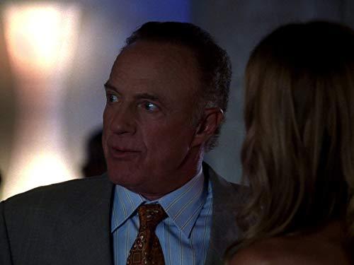 Серіал «Лас Вегас» (2003 – 2008): 2 сезон, 2 епізод — «Счётчик Монтесито» (The Count of Montecito) 500x375