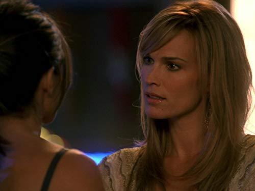 Серіал «Лас Вегас» (2003 – 2008): 3 сезон, 16 епізод — «Coyote Ugly» 500x375