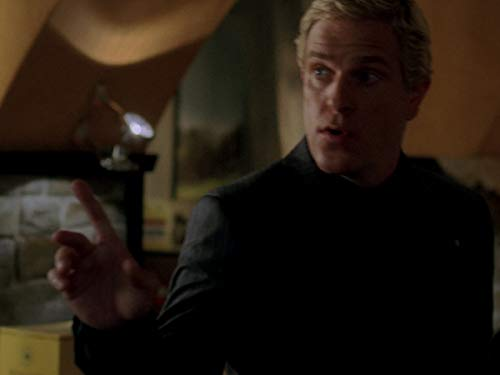 Серіал «Лас Вегас» (2003 – 2008): 4 сезон, 9 епізод — «Вино и поступки» (Wines and Misdemeanors) 500x375