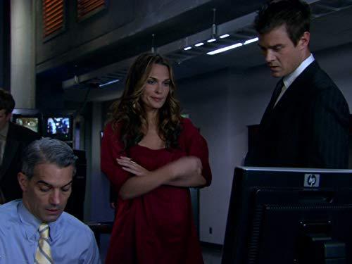 Серіал «Лас Вегас» (2003 – 2008): 5 сезон, 8 епізод — «На защиту природы» (It's Not Easy Being Green) 500x375