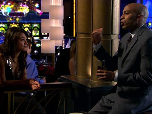 Серіал «Лас Вегас» (2003 – 2008): 5 сезон, 7 епізод — «Adventures In The Skin Trade» 500x375