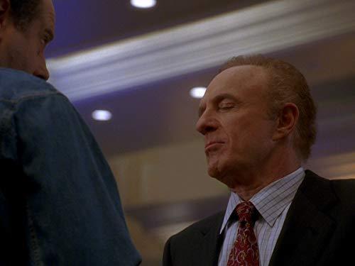 Серіал «Лас Вегас» (2003 – 2008): 1 сезон, 3 епізод — «Донни, мы едва узнали тебя» (Donny, We Hardly Knew Ye) 500x375