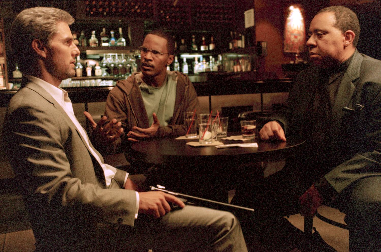 Фільм «Співучасник» (2004): Том Круз, Джеймі Фокс, Беррі Шебака Хенлі 1500x991