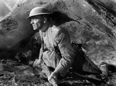 «Ревущие двадцатые, или Судьба солдата в Америке» — кадры