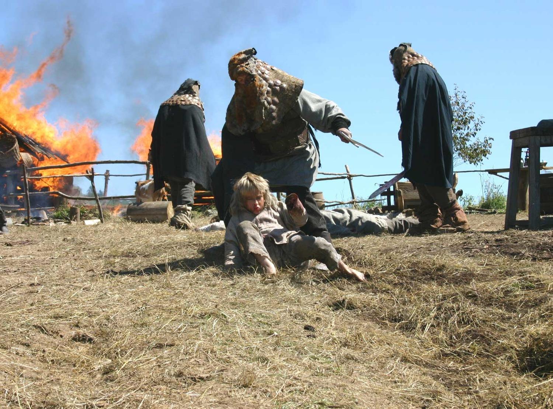 Фильм «Волкодав из рода Серых Псов» (2006): 1500x1111