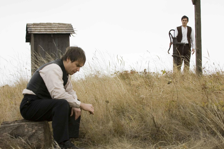 Фильм «Как трусливый Роберт Форд убил Джесси Джеймса» (2007): Сэм Рокуэлл, Кейси Аффлек 1500x997