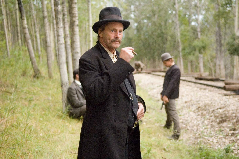 Фильм «Как трусливый Роберт Форд убил Джесси Джеймса» (2007): Сэм Шепард 1500x998