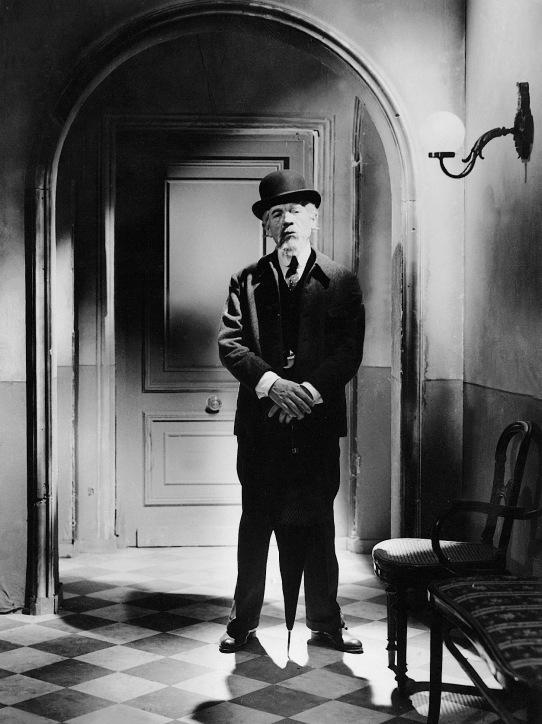 Фільм «Ворон» (1943): 542x724